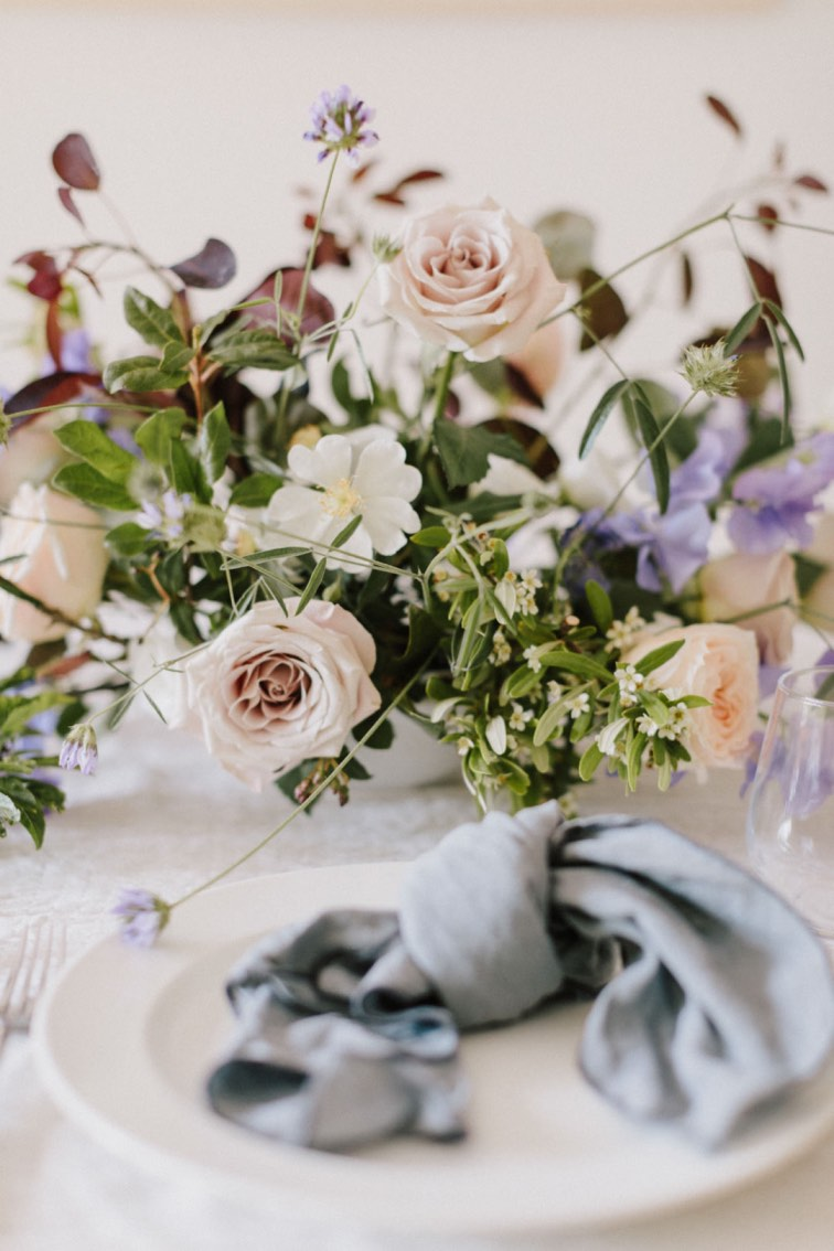 wedding florals table setting