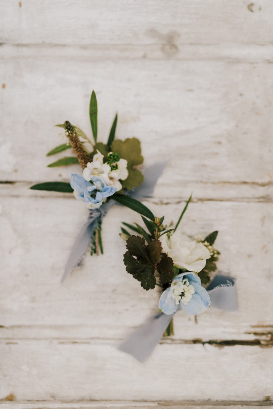 wedding florals boutonniere
