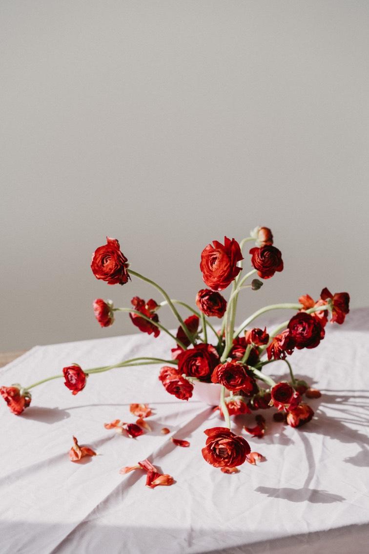 Wedding florals simple arrangement
